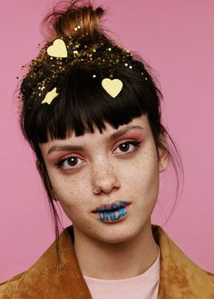 Stickers in the face ✰♡.•* ✰♡.•* Pinterest @erikaevans5245