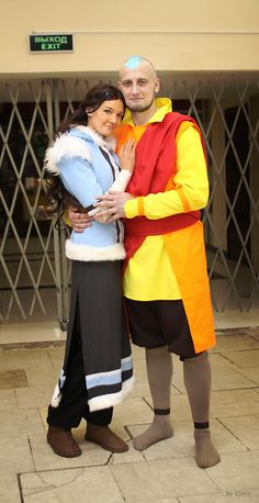 Katara, Aang - Avatar The Legend of Korra by TophWei on DeviantArt Couple Halloween Costumes, Halloween Cosplay, Cool Costumes, Cosplay Costumes, Cosplay Outfits, Halloween 2020, Halloween Makeup, Costume Ideas, Halloween Party