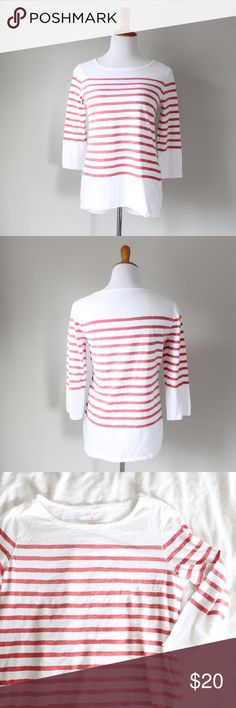 Van Heusen Striped 3/4 Sleeve Blouse Van Heusen partially striped 3/4 sleeve blouse. Provides stretch.  Fits true to size.  Shown on a size 4/6 mannequin.  In gently used condition, no flaws.  Measurements available upon request All orders shipped same or next business day! Van Heusen Tops
