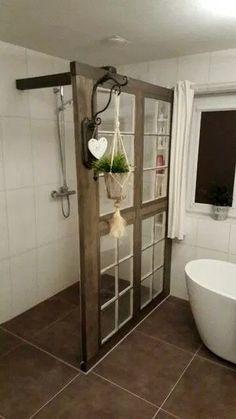 Inspiring Farmhouse Style Design Ideas For Your New Bathroom 18