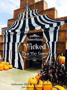 'Something Wicked This Way Comes...' Halloween 2015 visuals @ Roger's Gardens. photo by Debi Ward Kennedy.