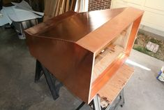 This gorgeous copper range hood was created by Eric Rosenfeld of Denver, CO. using our 16 mil, wide copper rolls. Real Kitchen, Kitchen Decor, Kitchen Ideas, Diy Hood Range, Range Hoods, Copper Hood Vent, Kitchen Vent Hood, Build My Own House, Copper Sheets