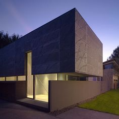 Villa including an office space and located in an area for experimental housing.