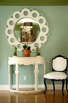 Here is a Best Interior Paint Color Ideas for Your Small House and How To Choose Paint Colors For Your Home Interior. Colorful Furniture, Painted Furniture, Mirror Furniture, Painted Chairs, Furniture Ideas, Furniture Design, Small Rooms, Small Spaces, Deco Originale
