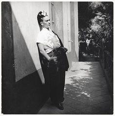 Frida Kahlo ©Emmy Lou Packard