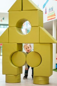 Ta.Ta. Unconventional Design For Kids: MEGABLOCKS: CASA KUBAA