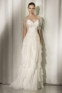 weird wedding dresses | Pepe Botella 2012 Wedding Dresses | Wedding Inspirasi Hmm....