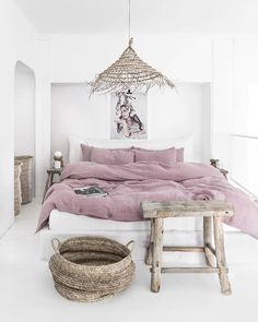 Woodrose linen duvet cover We just LOVE this woodrose (dusty pink) linen bedding. It's a fabulous addition to any Ergoflex mattress! - Add Modern To Your Life Bed Sets, Duvet Sets, Duvet Cover Sets, Bed Linen Sets, Decor Room, Bedroom Decor, Home Decor, Bedroom Ideas, Entryway Decor