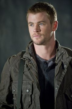 Impossibly Sexy - Still of Chris Hemsworth in Red Dawn