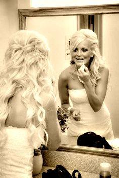 love this for wedding hair. soo pretty!