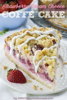 Strawberry Cheesecake Coffee Cake-one cake with seven irresistible layers – buttery and moist, vanilla crumb cake, creamy cheesecake filling, juicy strawberries, another cake layer topped with sliced strawberries, crumb topping and sweet vanilla glaze. Strawberry Cheesecake, Strawberry Recipes, Layer Cake Recipes, Dessert Recipes, Yummy Recipes, Cream Cheese Coffee Cake, Delicious Desserts, Yummy Food, Chocolate Desserts