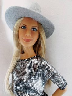 Jennifer Aniston Barbie Celebrity, Doll Repaint, Barbie World, Mattel Barbie, Celebs, Celebrities, Ooak Dolls, Jennifer Aniston, Beautiful Dolls