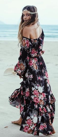 #summer #fashion #outfitideas Black Floral Maxi Dress