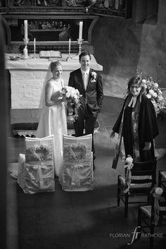 #Hochzeitssängerin #Saengerin #Sängerin #Hamburg #Singer #Hochzeit #Wedding #Weddingsinger #Vocalist #Voice #voicetalent #talent=> #JasminRathcke #Lüneburg. Feierliches Highlight durch #Hochzeitsgesang. I love what I do. Feel free to make a booking request. Sprecht mich gerne wegen Buchungsanfragen an. Photo by: #FlorianRathcke
