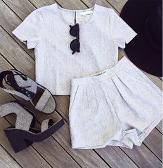 Fashion Sexy Short Sleeve Gray Two-Piece Dress Backless Maxi Dresses, White Maxi Dresses, Maxi Dress With Sleeves, Sexy Dresses, Crop Top Und Shorts, Pleated Shorts, Pocket Shorts, Short Beach Dresses, 2 Piece Outfits