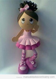 Muñeca fofucha de foamy, bailarina ballet