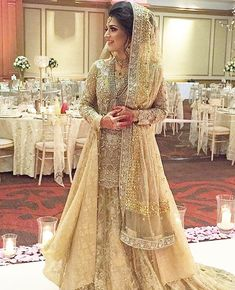 Our bride Maryam is perfection in this customised #suffuse bridal ✨✨ we wish her all the best #SuffusebySanaYasir #gold classic #kamdani…