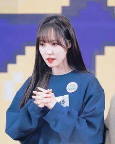 Kpop Girl Groups, Kpop Girls, Gfriend Yuju, G Friend, Girls Image, K Idols, Pretty Woman, Asian Beauty, Find Image
