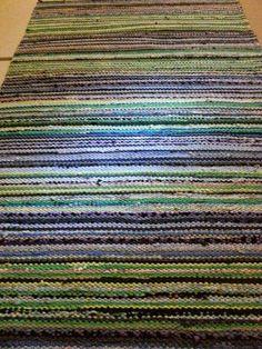 Second Hand Red Carpet Runner Beige Carpet, Diy Carpet, Diy Mattress, Painting Carpet, Textiles, Loom Weaving, Recycled Fabric, Carpet Runner, Woven Rug