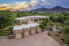 Spending winter in Arizona? Live Lavishly for $18K a mo. at this Paradise Valley Mansion.