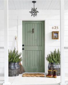 """Exteriors Of Instagram on Instagram: """"OMG!! This green door is everything!! Painted in @sherwinwilliams """"Artichoke"""" via @jenjacobs_realtor"""" Exterior Door Colors, Front Door Paint Colors, Painted Front Doors, Exterior Trim, Exterior Doors, Outdoor Paint Colors, Green Exterior Paints, House Front Door, House Doors"""