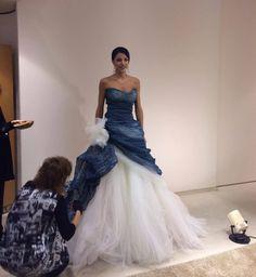 Shooting che passione! Alessandro Tosetti www.tosettisposa.it Www.alessandrotosetti.com #abitidasposa #wedding #weddingdress #tosetti #tosettisposa #nozze #bride #alessandrotosetti