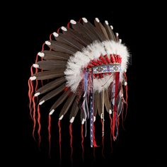 Cheyenne style feather headdress/war bonnet «Stars and Stripes Warriorr» 2124.12.01 (side view)  ☩ «4Colors»™