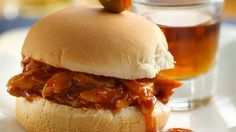 Enjoy your favorite chicken sliders—Beer-B-Q style—with hints of whiskey and beer flavor.