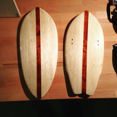 Done with #marine #varnish on #balsa and #mahagony #handplanes, pretty #glossy already, but needs some polishing next.