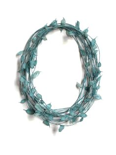 Blue Paper necklace by Susanne Klemm _HOLLAND JAPONISM