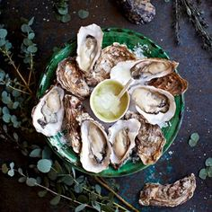 Oysters With Grapefruit-And-Gin Granita - Easy Recipes