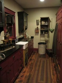 Love the colors in this kitchen & the wood floors are amazing!!!
