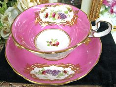 STRIKING RADFORDS HOT PINK TEA CUP AND SAUCER PAINTED FLORAL CUP & SAUCER
