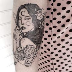 Série é idealizada pela tatuadora Angelika Spinardi, que desenvolve desenhos exclusivos para expressar individualidades femininas.