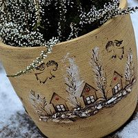 Prodané zboží od lavender | Fler.cz Red Berries, Glaze, Diy And Crafts, Planter Pots, Lavender, Ceramics, Tableware, Winter, Vintage Bee