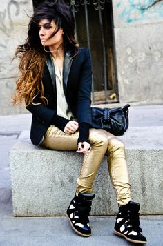 Madame de Rosa -  Love the pants and shoes!
