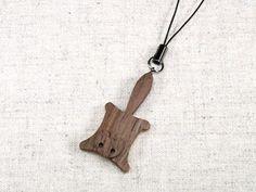 携帯ストラップ モモンガ - 携帯ストラップ ウッドクラフト 木の手作りアクセサリー アトリエ・ハートウッド