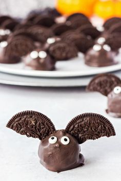 Bat Oreo Truffles are so cute and fun to make, with only three easy ingredients they're the perfect chocolatey Halloween treat!  Bat Oreo balls with Oreos, cream cheese, and chocolate melts are a super fun holiday dessert and a great recipe to make with your kids. Serve them on your Halloween charcuterie board alongside some buffalo cream cheese chicken dip.   You can make the treats up to a day ahead and store in a sealed container in the refrigerator. Longer than that and you run the risk…