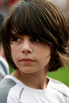 This pin was discovered by mcclain jnr. Boy Haircuts Long, Boy Hairstyles, Bowl Haircuts, Beautiful Boys, Pretty Boys, Cute Boys, Long Hair Cuts, Long Hair Styles, Beauty Of Boys