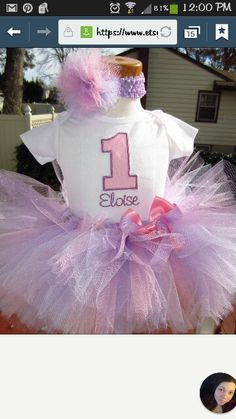 Avery's birtday outfit (: