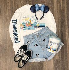 Trendy Spirit Jersey Now Comes in This Festive, Vintage Design Disneyland Resort Spirit Jersey Disney World Outfits, Cute Disney Outfits, Disney Themed Outfits, Cute Outfits, Disney Clothes, Cute Disney Stuff, Disney Shirts, Disney Bound Outfits Casual, Teen Fashion Outfits