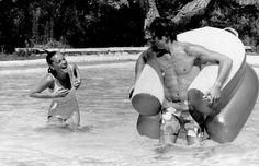 Romy Schneider and Alain Delon on the set of 'La piscine'