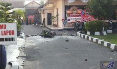 انتحاري يفجر نفسه في مركز للشرطة في…: فجر انتحاري نفسه عند مركز للشرطة في إندونيسيا اليوم الثلاثاء، مما أسفر عن مقتل الانتحاري وإصابة ضابط،…