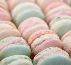 De beaux macarons aux couleurs pastels !