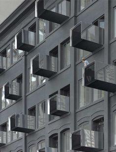 Авеню Портеж (Portage Avenue) в Канаде от 5468796 Architecture.