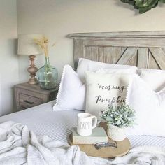 "73 Likes, 1 Comments - Karli Huddleston (@farmhouse_interiors) on Instagram: ""How gorgeous is this barn door headboard?! My talented friend Brooke and her hubby make these…"""