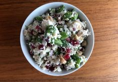 Blomkålsalat med fetaost og granateple