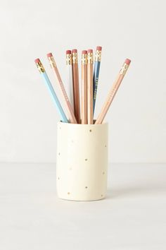 Gold dot pencil cup.