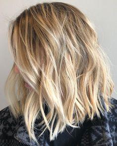 ✂️✂️✂️ #hairbymadeleine #beachywaves #lob #foilayage #balayage #blonde #nofilter #chicagohairstylist #libertyville