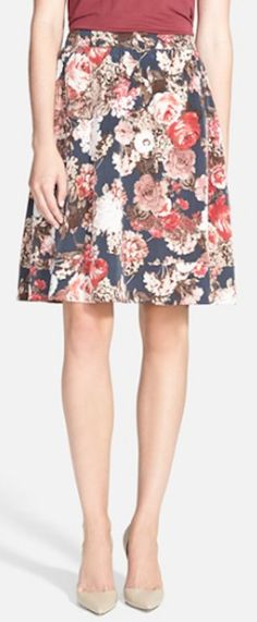 pretty floral skirt http://rstyle.me/n/pt8qrr9te
